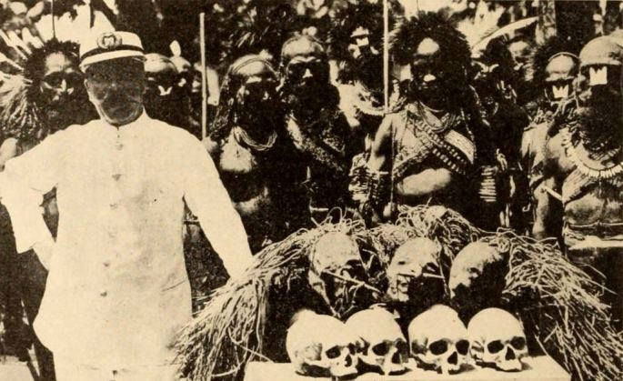 Wikimedia-Shipwrecked_Among_Cannibals_(1920)_-_2